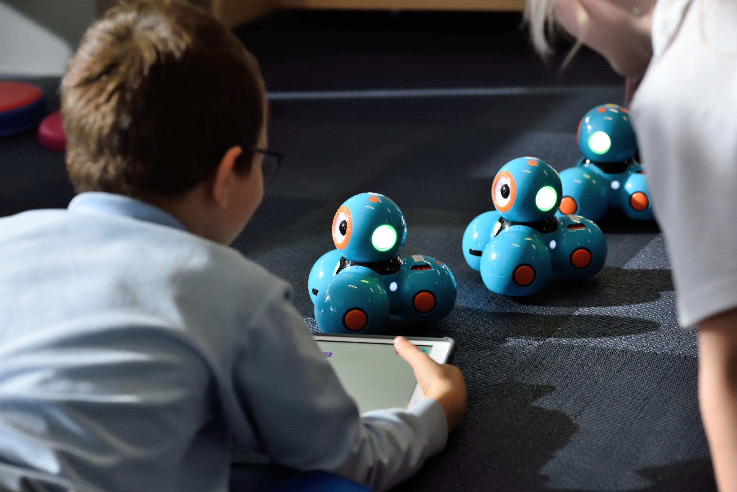 The different types of augmented reality games for your kids - Skipy Blog